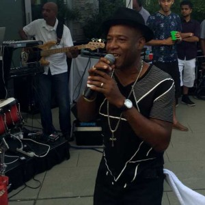 The fete featured a rousing performance by Soca stalwart Ronnie McIntosh