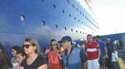 Jamaica first stop for world's largest cruise ship