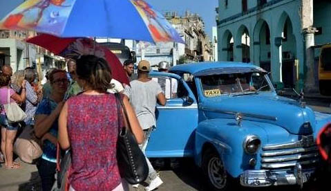 Cuba begins public debate on modernizing constitution