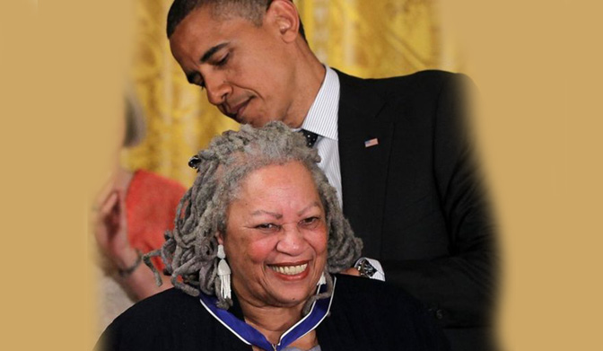 Toni Morrison: Nobel winning author dies at 88