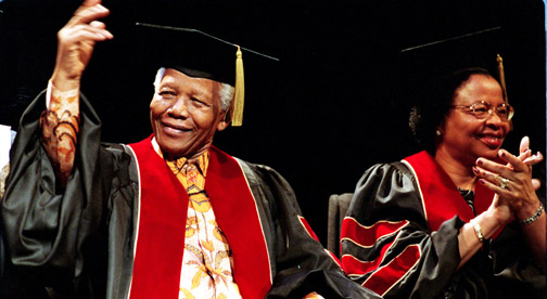 Nelson Mandela photo and museum exhibition to open in Toronto