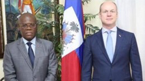 Haiti  seeks enhanced cooperation with Canada  to develop health care system