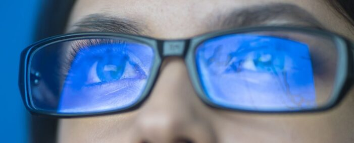 Research finds that blue-light glasses improve sleep  and workday productivity
